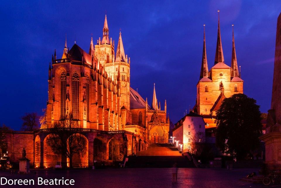 Zeigt den Dom Erfurt bei Nacht