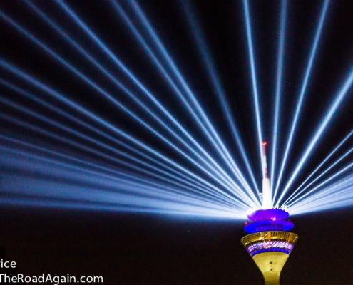 Düsseldorfer Fernsehturm illuminiert