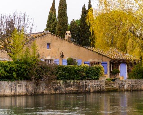 Traumhaus am Wasser in L´Isle Sur La Sorgue