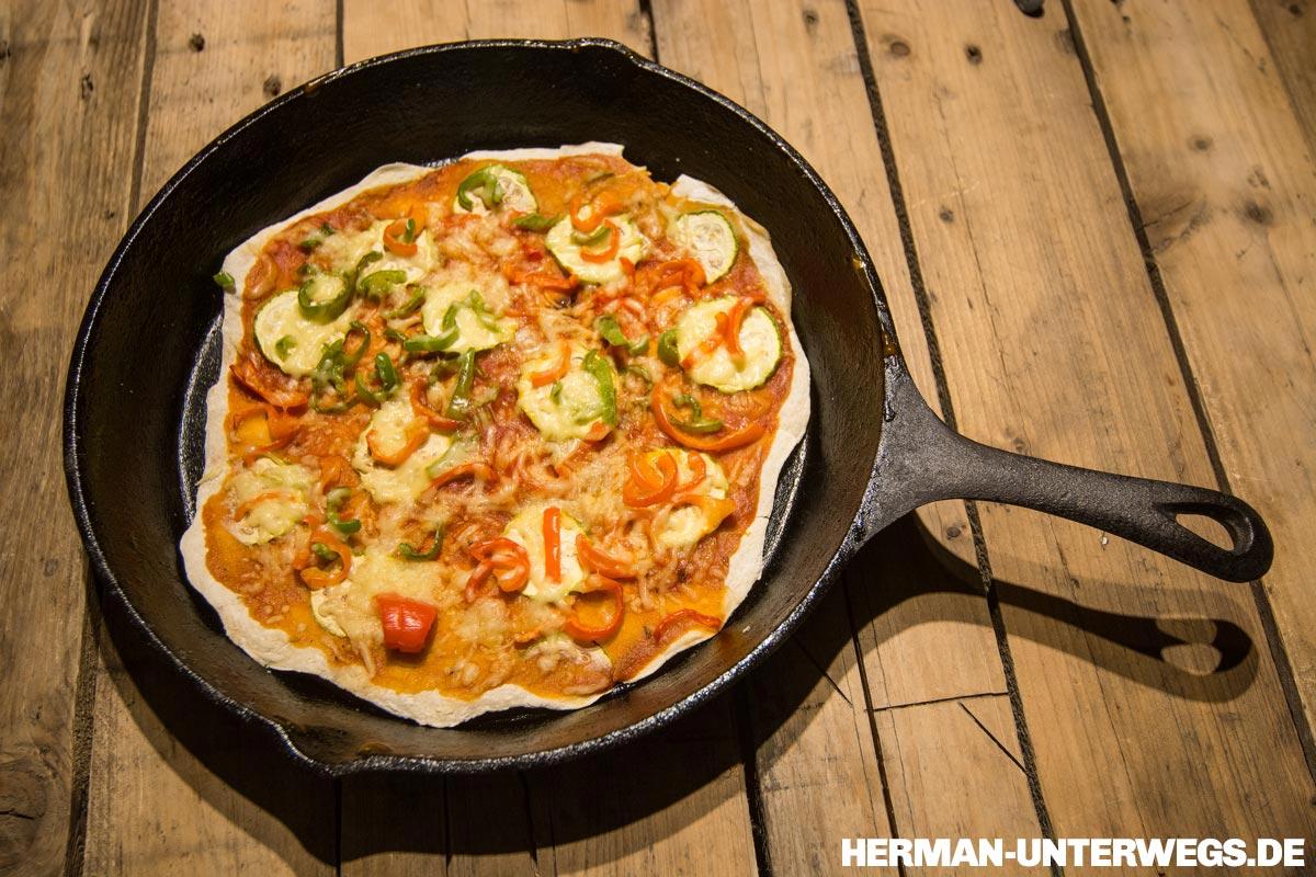 Pfannenpizza ©Herman Unterwegs