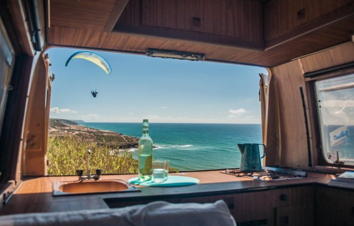 she is on the road again camping wohnmobil reise. Black Bedroom Furniture Sets. Home Design Ideas