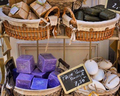 Seifen auf dem Markt in der Provence