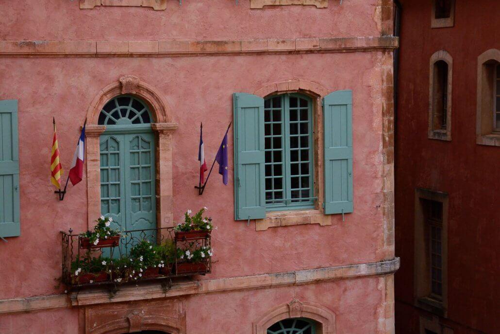 Haus aus Lehmboden - Colorado Roussillon