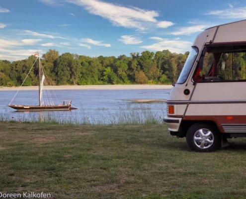 Erste Reise Wohnmobil - Frei stehen im Wohnmobil an der Loire