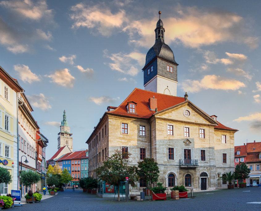 Rathaus und Marktplatz in Bad Langensalza / Thüringen